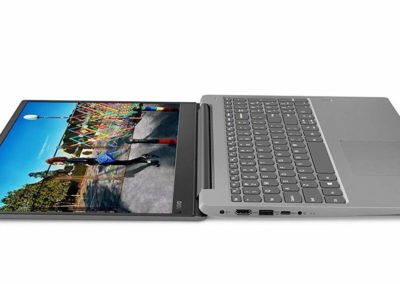 "14"" 1080p Lenovo IdeaPad 330S 81F4010RUS Laptop with 8th Gen Intel Core i7-8550U, 8GB DDR4 SDRAM, 256GB PCIe SSD"