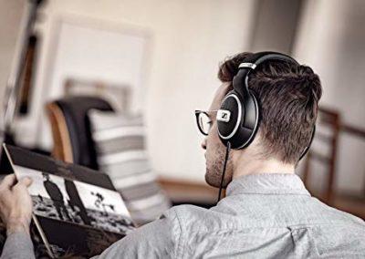 Sennheiser HD 599 SE Around Ear Open Back Headphone (Amazon Exclusive)