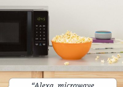 AmazonBasics Microwave with Echo Dot (3rd Gen.) Alexa-Enabled Bundle