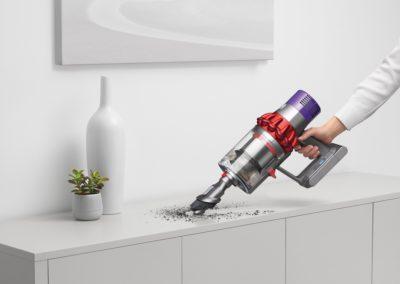 Dyson V10 Motorhead Cordfree Vacuum Cleaner MPN SKU 244393-02 UPC 885609016504